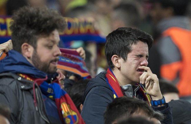 Los hinchas del Barcelona, desolados.