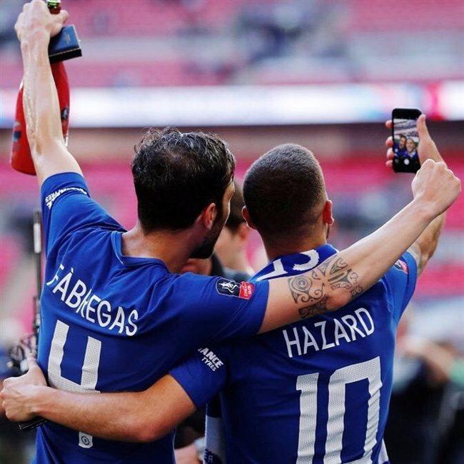 Cesc Fábregas y Eden Hazard, en el Chelsea