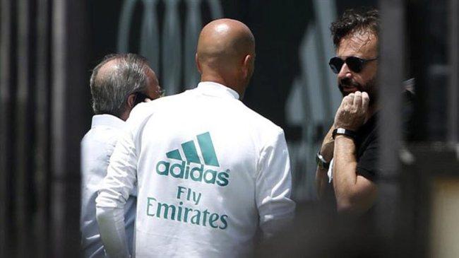 Florentino Pérez y Zinedine Zidane, en el Bernabéu