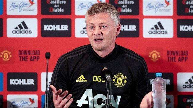El técnico nórdico del Manchester United en rueda de prensa