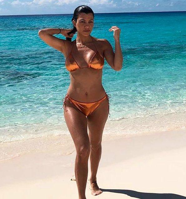 Kourtney Kardashian festejó su cumpleaños 43