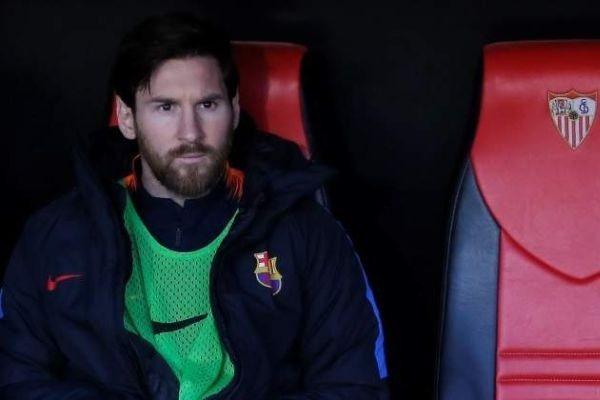 Leo Messi, en el banquillo del Camp Nou