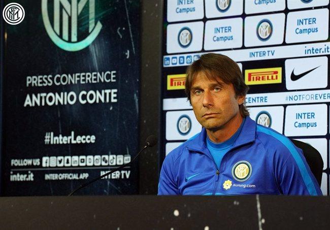 Antonio Conte, en rueda de prensa