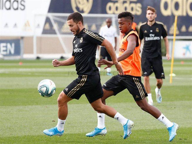 Hazard y Rodrygo, en un entreno