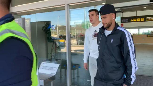 Neymar llega a Barcelona para el juicio contra su ex equipo