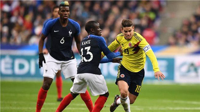 James contra la selección francesa