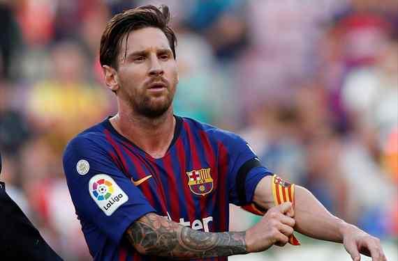 Llama a Florentino Pérez: se ofrece al Real Madrid (y le clava el puñal a Messi. Y al Barça)