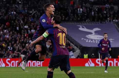 Coutinho se lo dice a Messi: quiere fichar por el Barça (y se carga a Luis Suárez)