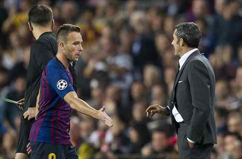 Arthur frena un fichaje sonado en el Barça. Y Messi también interviene
