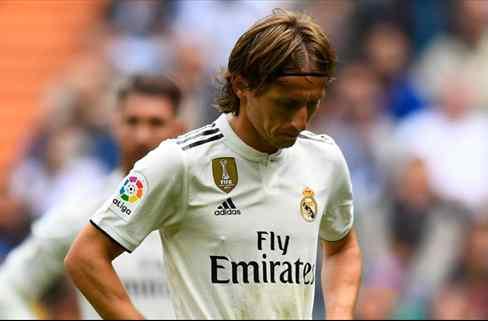 Modric tiene relevo. Florentino Pérez acelera un fichaje galáctico (y sorpresa)