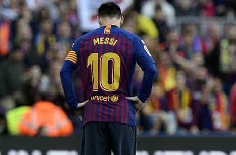 No juega más: Messi saca el hacha (y corta una cabeza que ya rueda por el Barça)