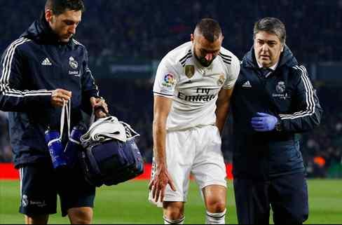 Florentino cierra un fichaje bomba por la lesión de Benzema: el galáctico que llega esta semana