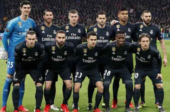 Florentino Pérez apalabra un fichaje de urgencia en el Ajax-Real Madrid