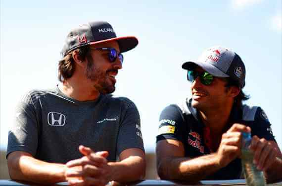 El ridículo de Fernando Alonso que filtra McLaren y calla Carlos Sainz