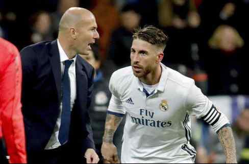 Sergio Ramos ya conoce la lista de tres delanteros de Zidane para el Real Madrid