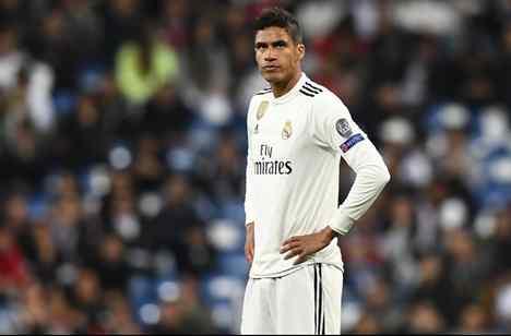 Zidane intenta que se quede: el crack del Real Madrid que tiene decidida su salida (y no es Varane)