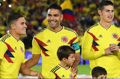 James Rodríguez le dice a Falcao donde jugará el próximo año (y hay sorpresa bomba)
