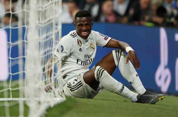 La traición a Florentino Pérez que paró el Barça: un jugador del Real Madrid se ofreció