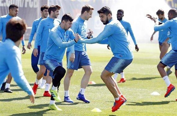 Galáctico cerrado para el Barça: Messi, Piqué y Luis Suárez presumen del último fichaje