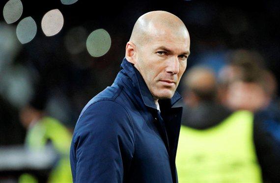 ¿Cuánto quieres cobrar? Le doblan el sueldo para que no vaya al Real Madrid de Zidane