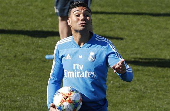 Casemiro recibe una llamada que lo saca del Real Madrid