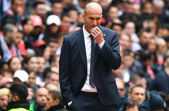 Tú, tú y tú estáis fuera: Zidane pasa la escoba en el Real Madrid. Y algunos nombres te sorprenderán