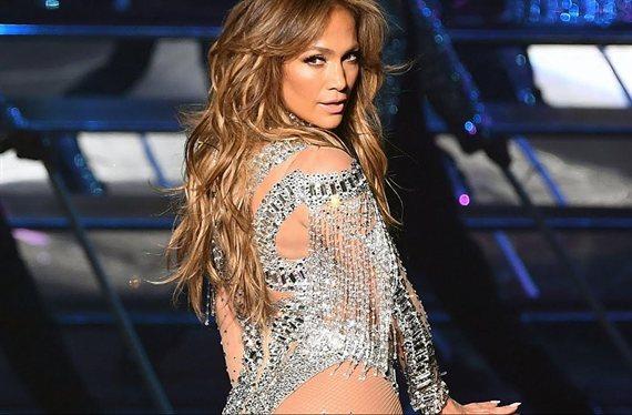 """""""¡Dios, qué piernas!"""". Jennifer López en tanga y bailando: """"¡Ni Shakira!"""""""
