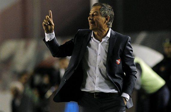 Holan tendría definido su futuro en Independiente
