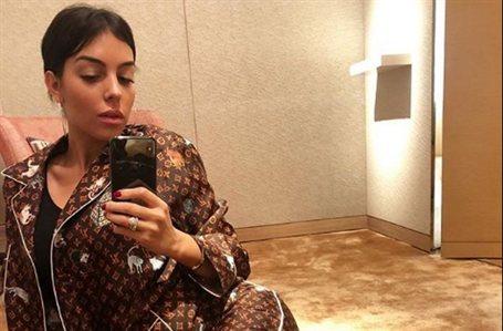 """""""¡Va a reventar!"""". El escote de Georgina Rodríguez en Cannes"""