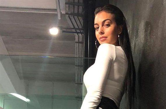 """Georgina Rodríguez revienta los vaqueros: """"¡Es Kim Kardashian!"""""""