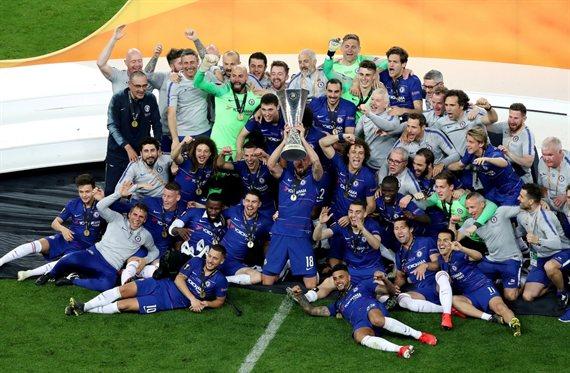Festejan Higuaín y Caballero: Chelsea se coronó campeón de la Europa League