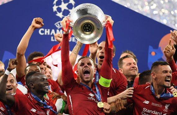 La UEFA deja fuera a un campeón de Europa en su equipo de la temporada