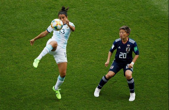 Argentina se mide con Japón en el inicio del Mundial femenino