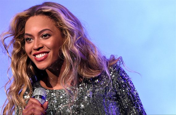 """""""¡Increíble!"""". El video de Beyoncé con un mini body: """"¡Cómo menea el culo!"""""""
