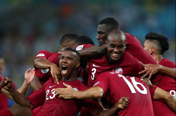 Qatar remontó el marcador, empató con Paraguay y amenaza a la Argentina