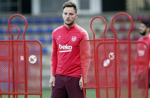 Un titular traiciona a Messi y Valverde y se va del Barça (y no es Rakitic)