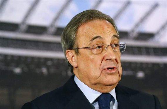 Florentino Pérez presenta a un nuevo jugador