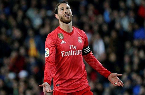 Sergio Ramos intenta frenar una salida cantada en el Real Madrid