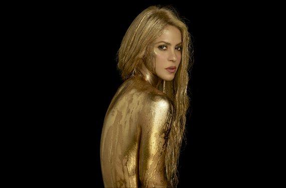 El video de Shakira nadando con un mini bikini que calienta el verano