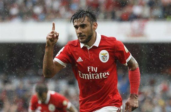 Toto bien: Salvio le dio el sí a Boca para que negocie con Benfica