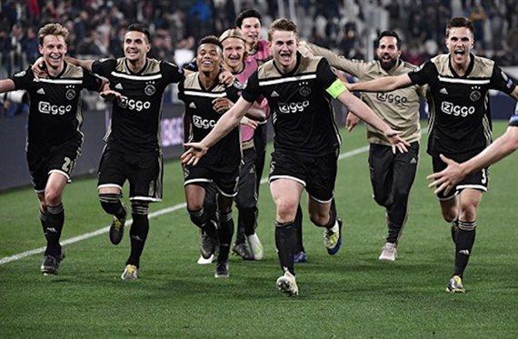 ¿Cómo ha conseguido el Ajax hacer soñar a toda Europa?