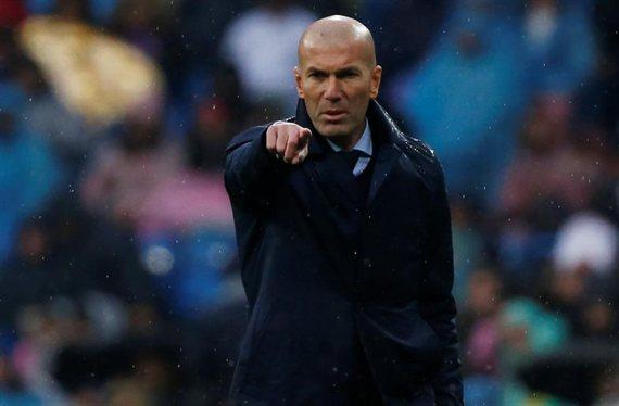 Florentino Pérez tiene un encargo de Zidane (y es un delantero tapado)