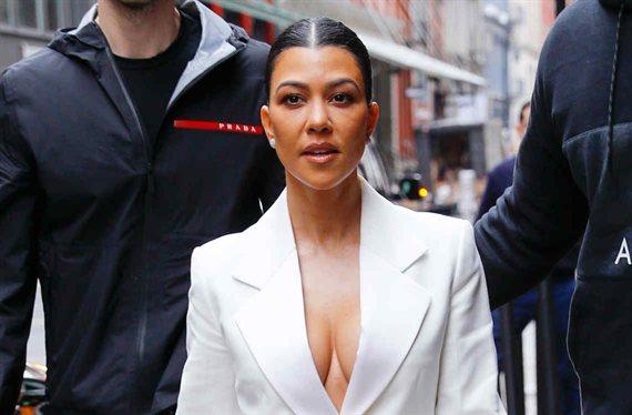 Kourtney Kardashian estrena bañador: la foto con millones en Instagram