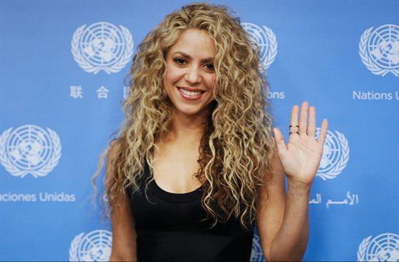 Lío tremendo con el bikini rosa de Shakira: ¡Las fotos del escándalo!