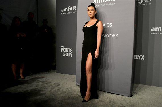 "Kourtney Kardashian sin Photoshop y en bikini: ""¡Vaya barriga!"""