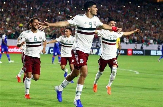 Con polémica, México y Martino avanzaron a la final de la Copa de Oro