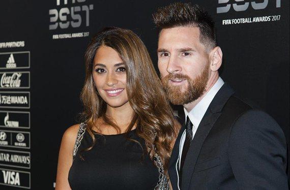 ¡Antonella Roccuzzo la lía con Messi en un centro comercial!
