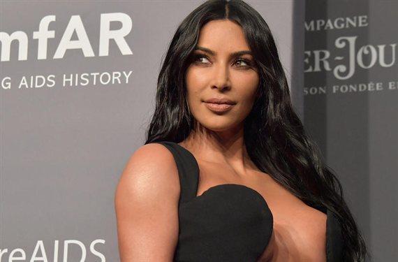 Kim Kardashian desafía Instagram con su foto más polémica