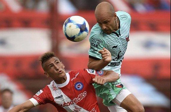 Colón recibe a Argentinos por los octavos de final de la Copa Sudamericana
