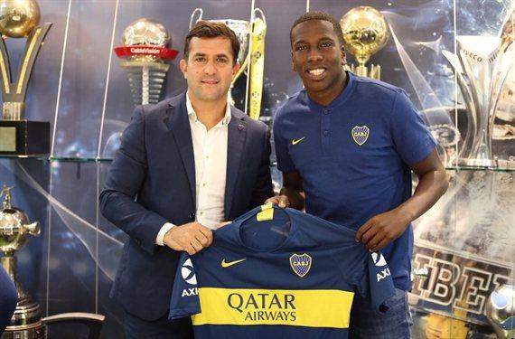 Hurtado firmó su contrato con Boca y es el segundo refuerzo de Alfaro